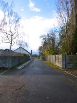 aa Driveway from pub