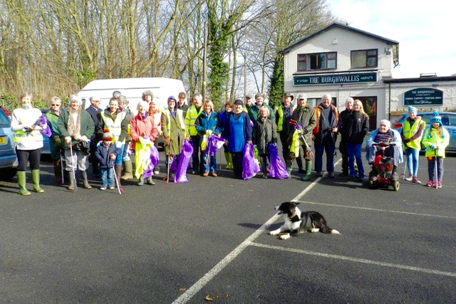 Local heroes litter clean up